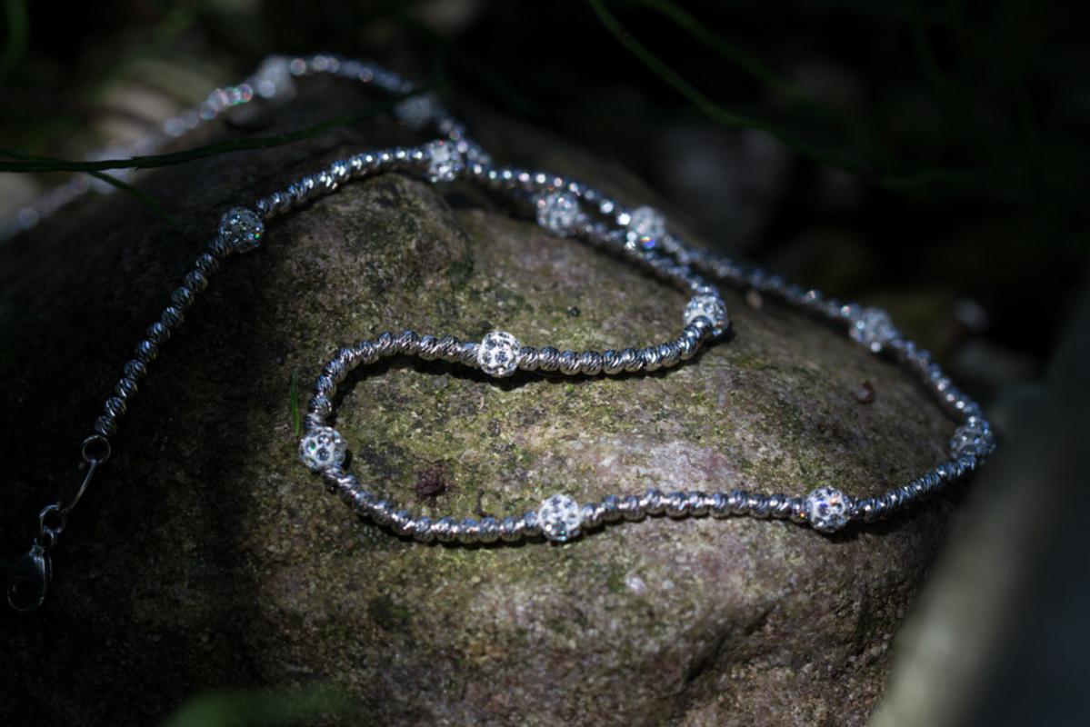 Zilveren collier met steentjes van zirkonia, Italiaans design
