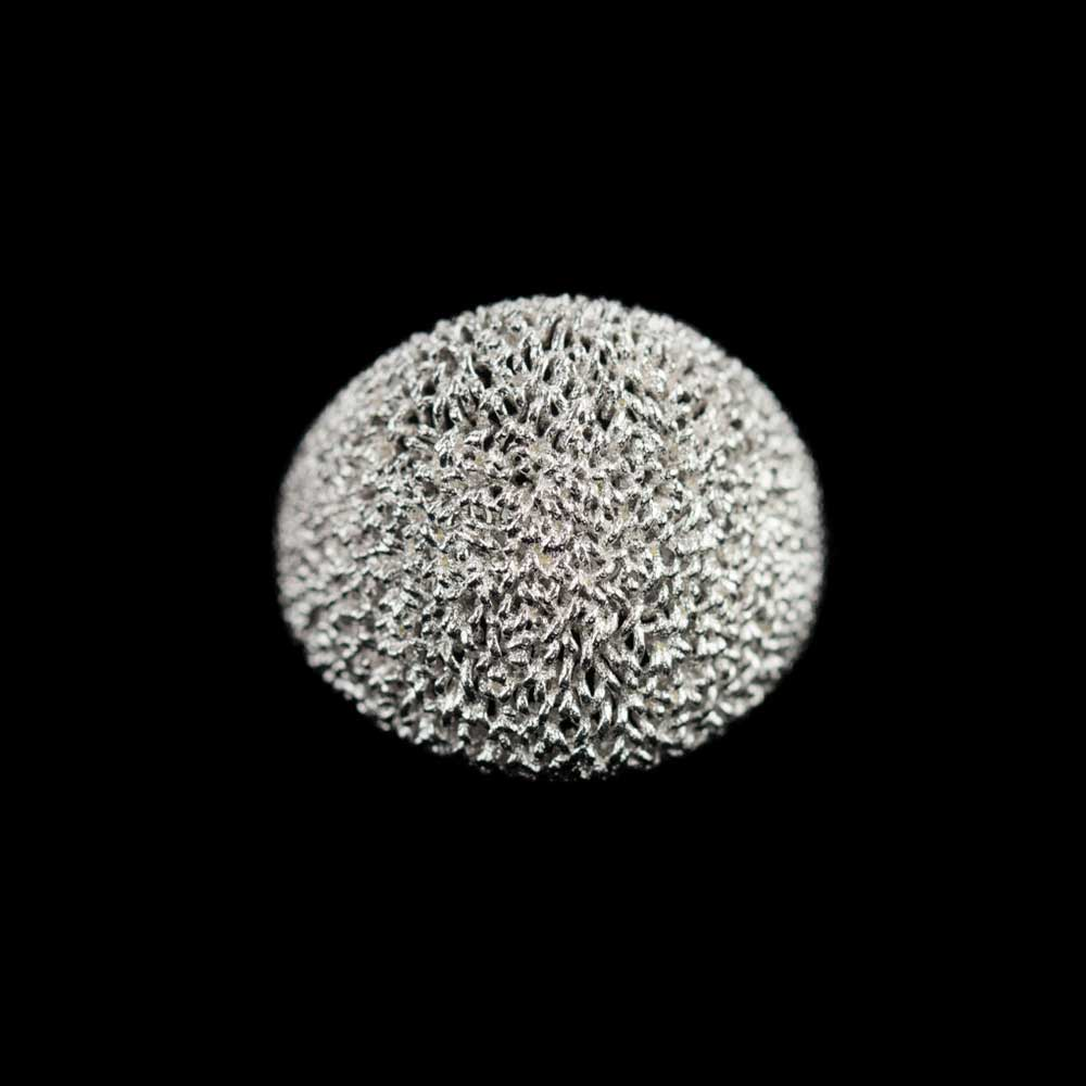 Bolvormige charmante ring van wit zilver