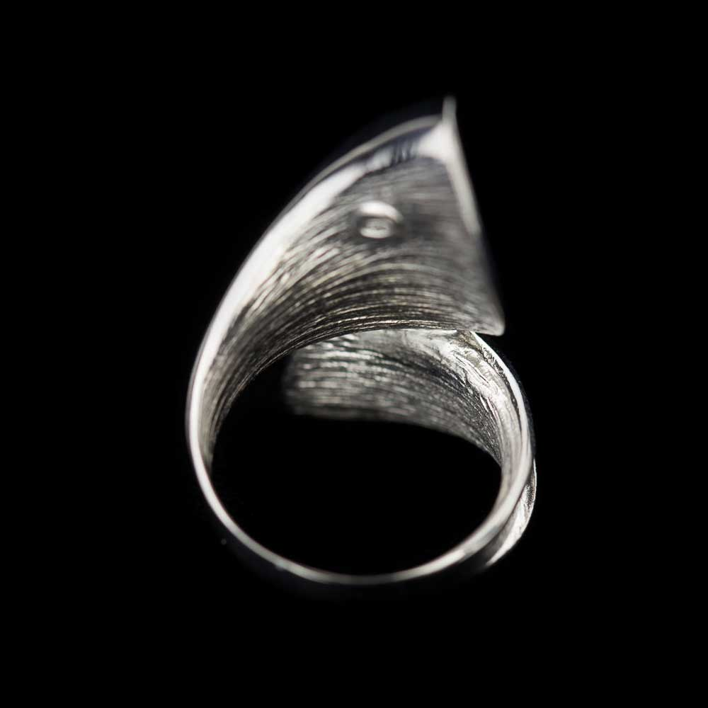 Zilveren  en matte krulring