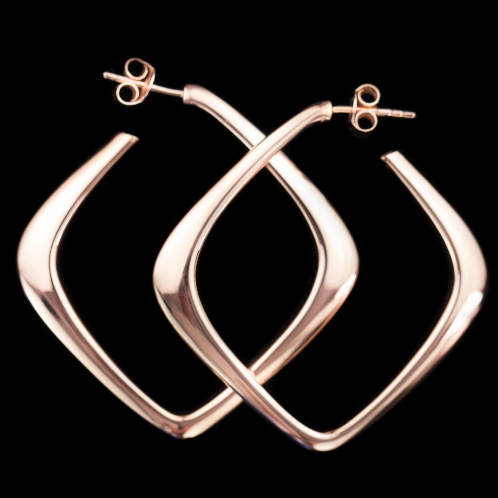 Rosé vierkantvormige oorbellen