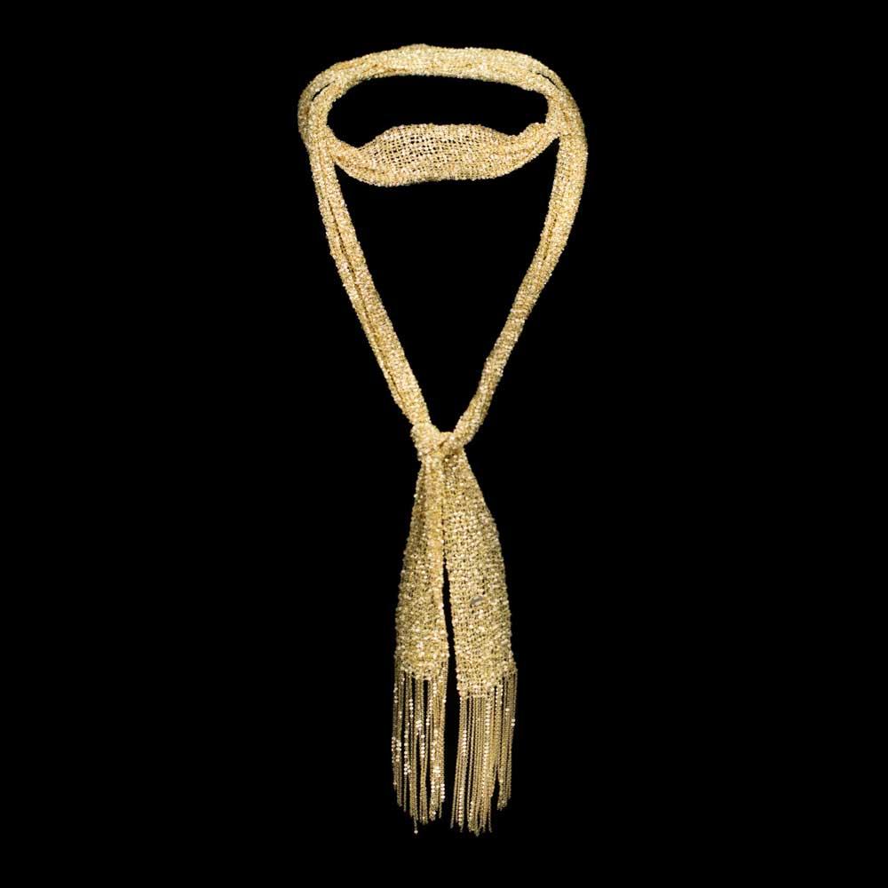 Vergulde sjaal van verweven kettinkjes