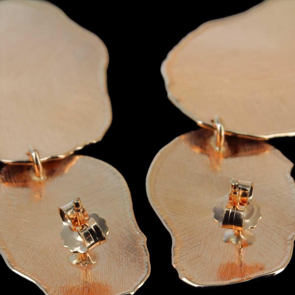 Rosé ongehamerde oorbellen