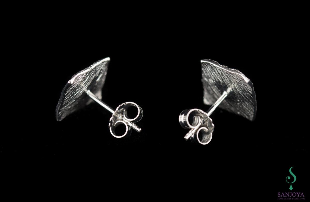 Schitterende vierkante zilveren oorbelletjes