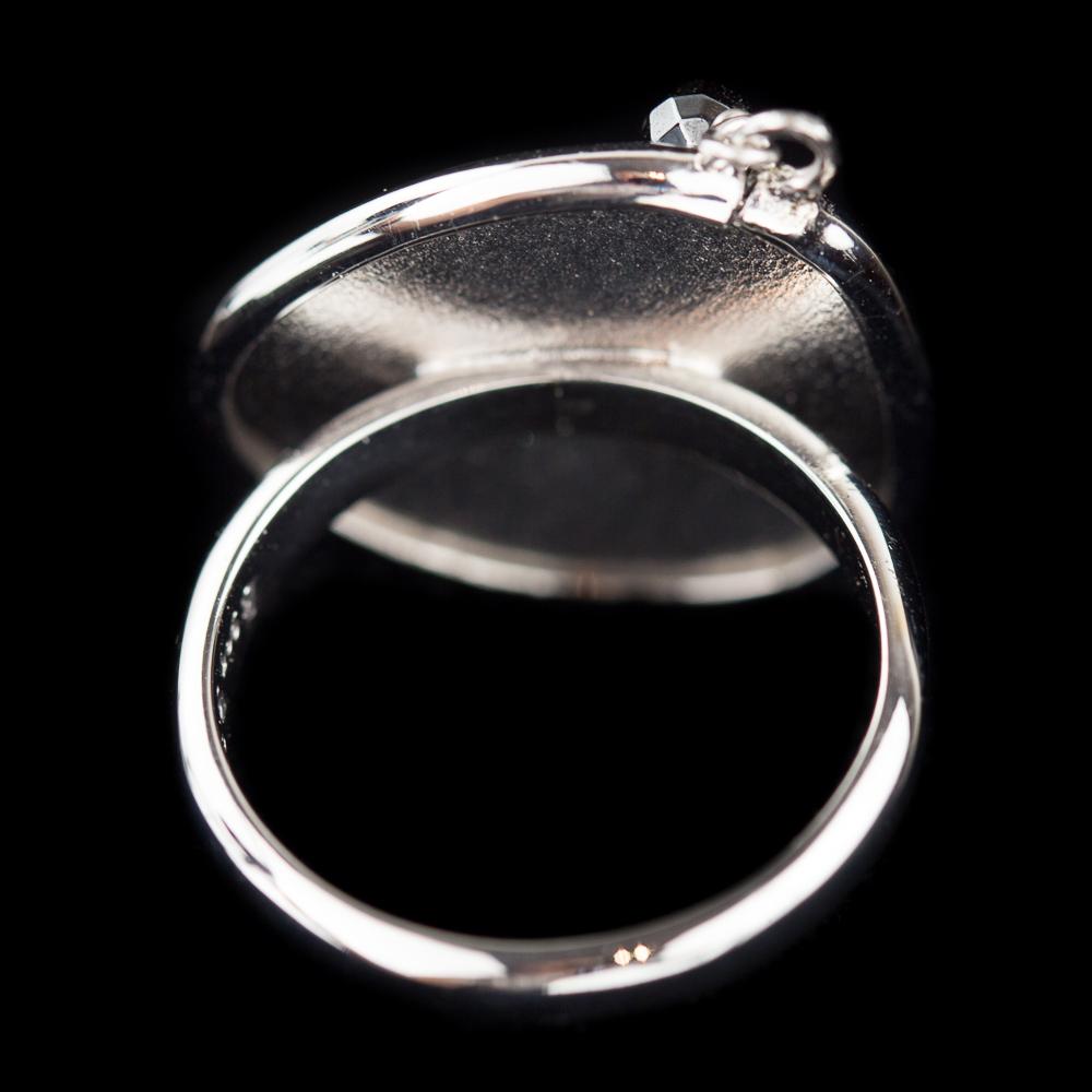 Originele zilveren ring met hematiet