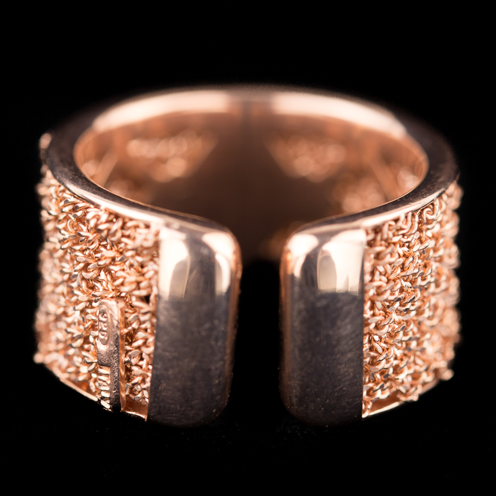 Bijzondere ring van verweven zilver rosé