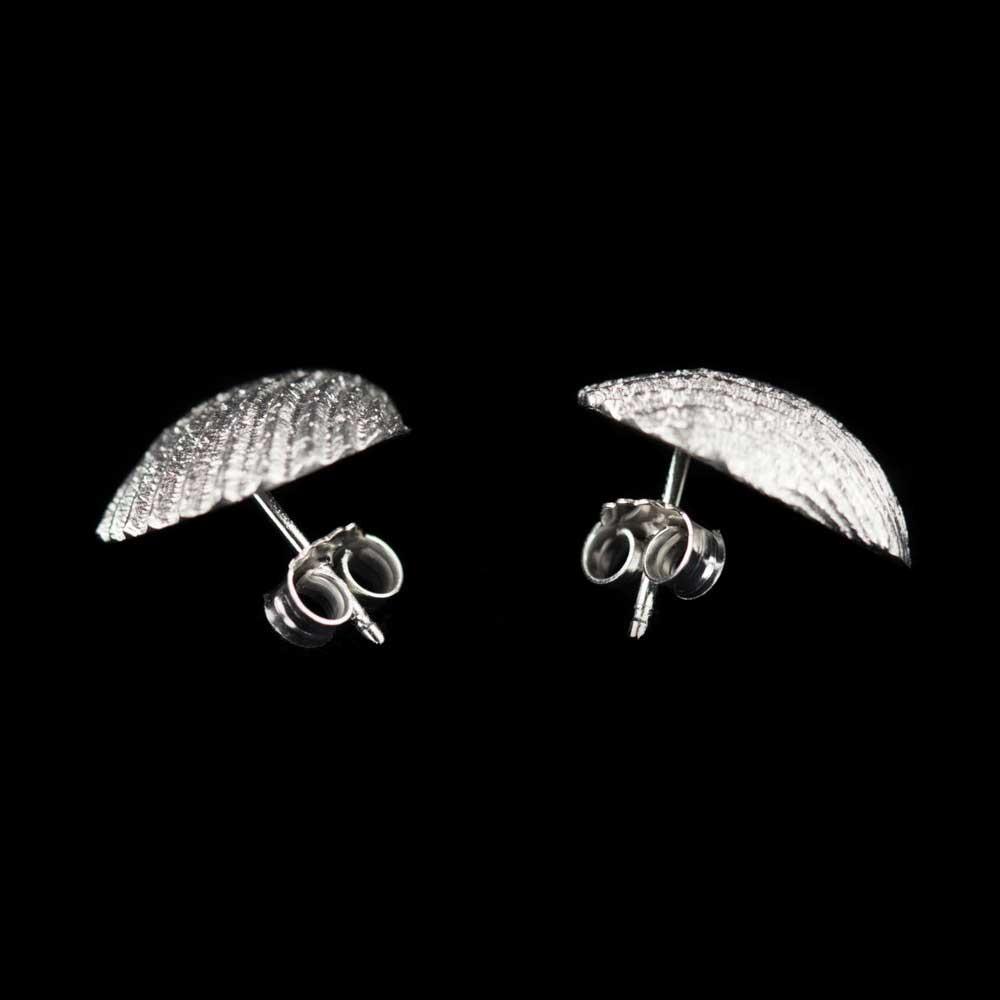 Zilveren schelpoorbellen