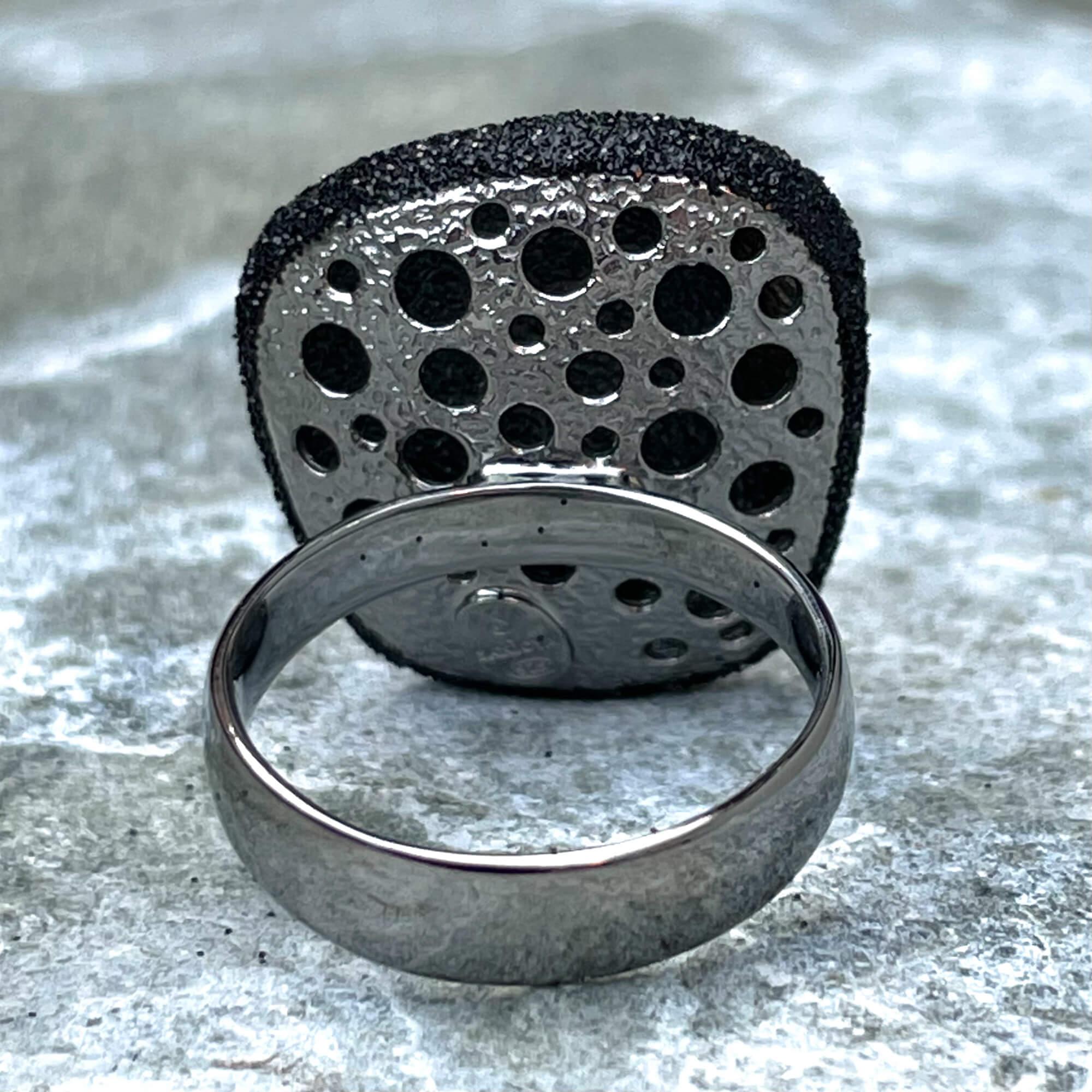Schitterende zwarte ring van sterling zilver