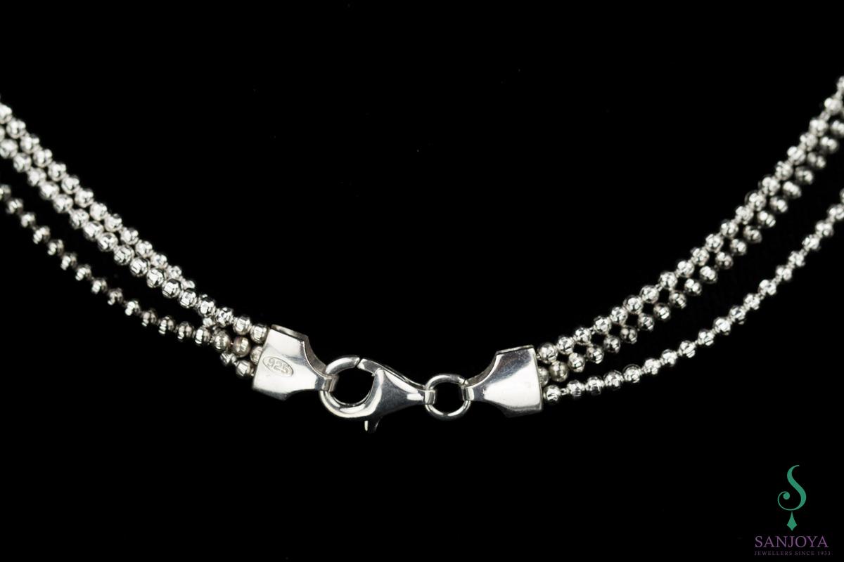 Drie sterling zilveren kettingen van zilver en zwart