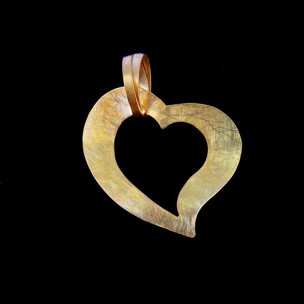 Openbewerkt hart van 9Kt goud