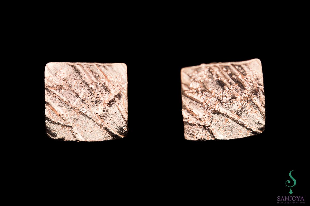 Schitterende vierkante zilveren oorbelletjes van rosé