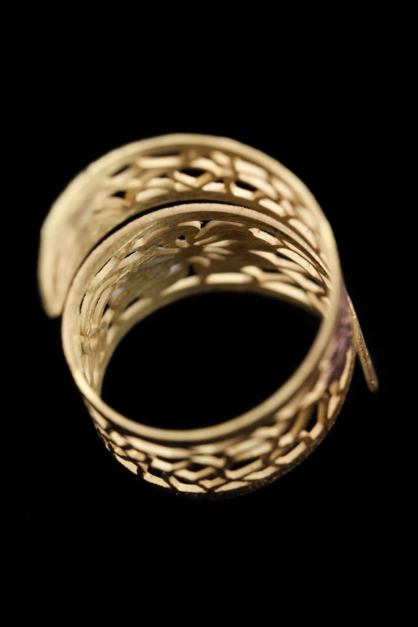 Dubbele vergulde ring met bloem