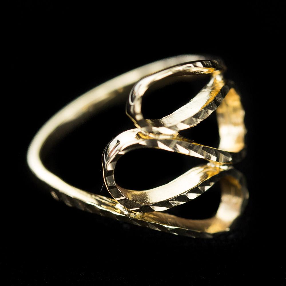 Open bewerkte ring van glinsterend verguld zilver