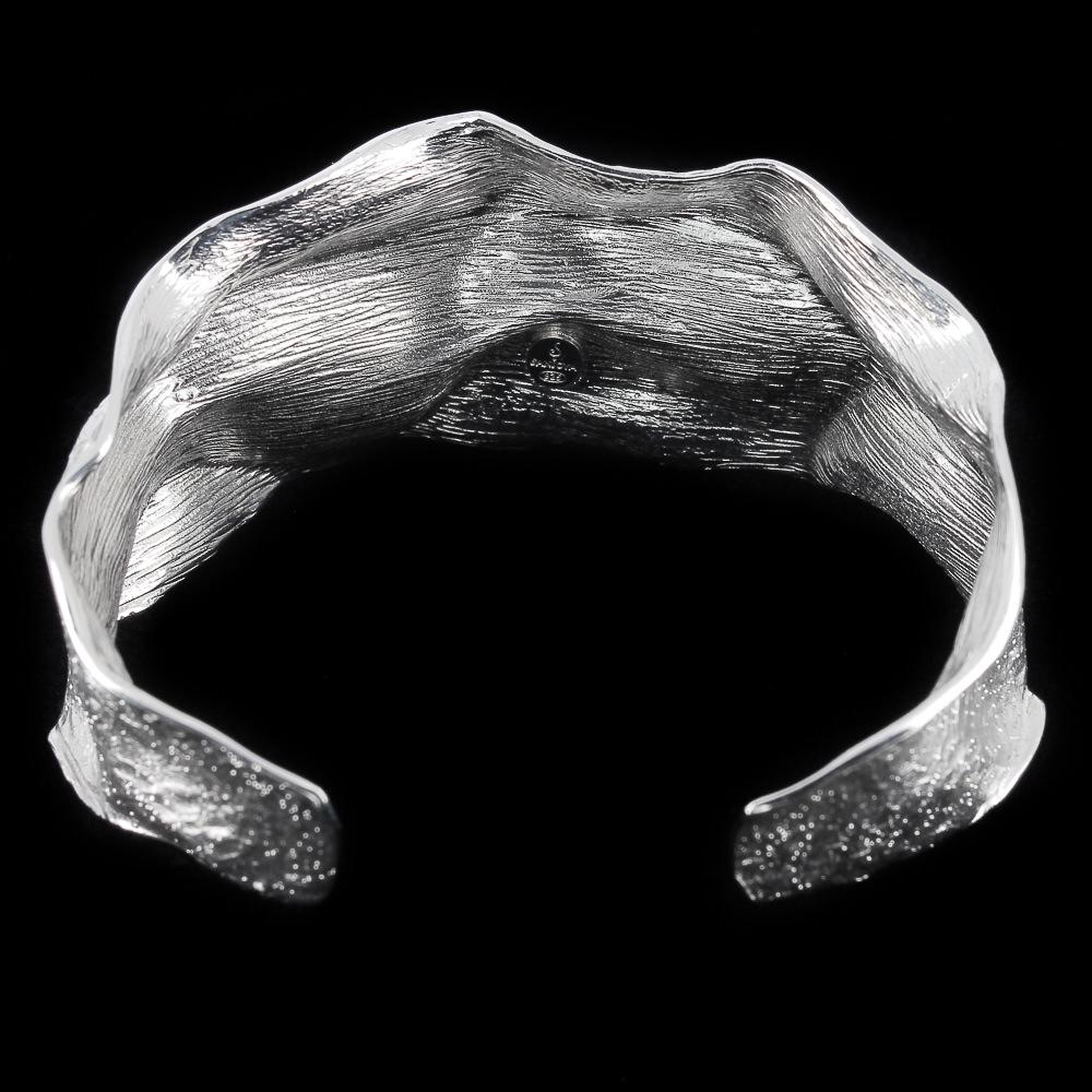 Zilveren golvende slavenarmband, gediamanteerd
