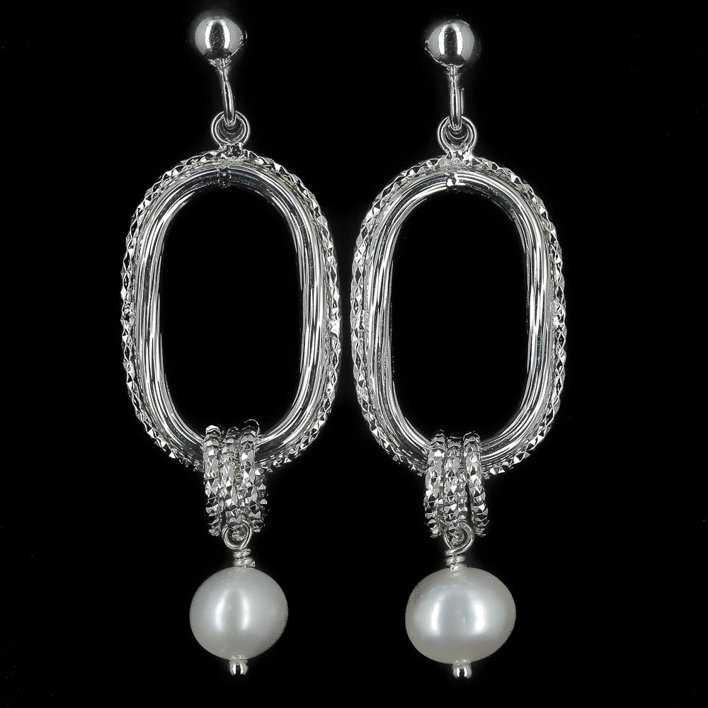 Bewerkte zilveren oorbellen met parel