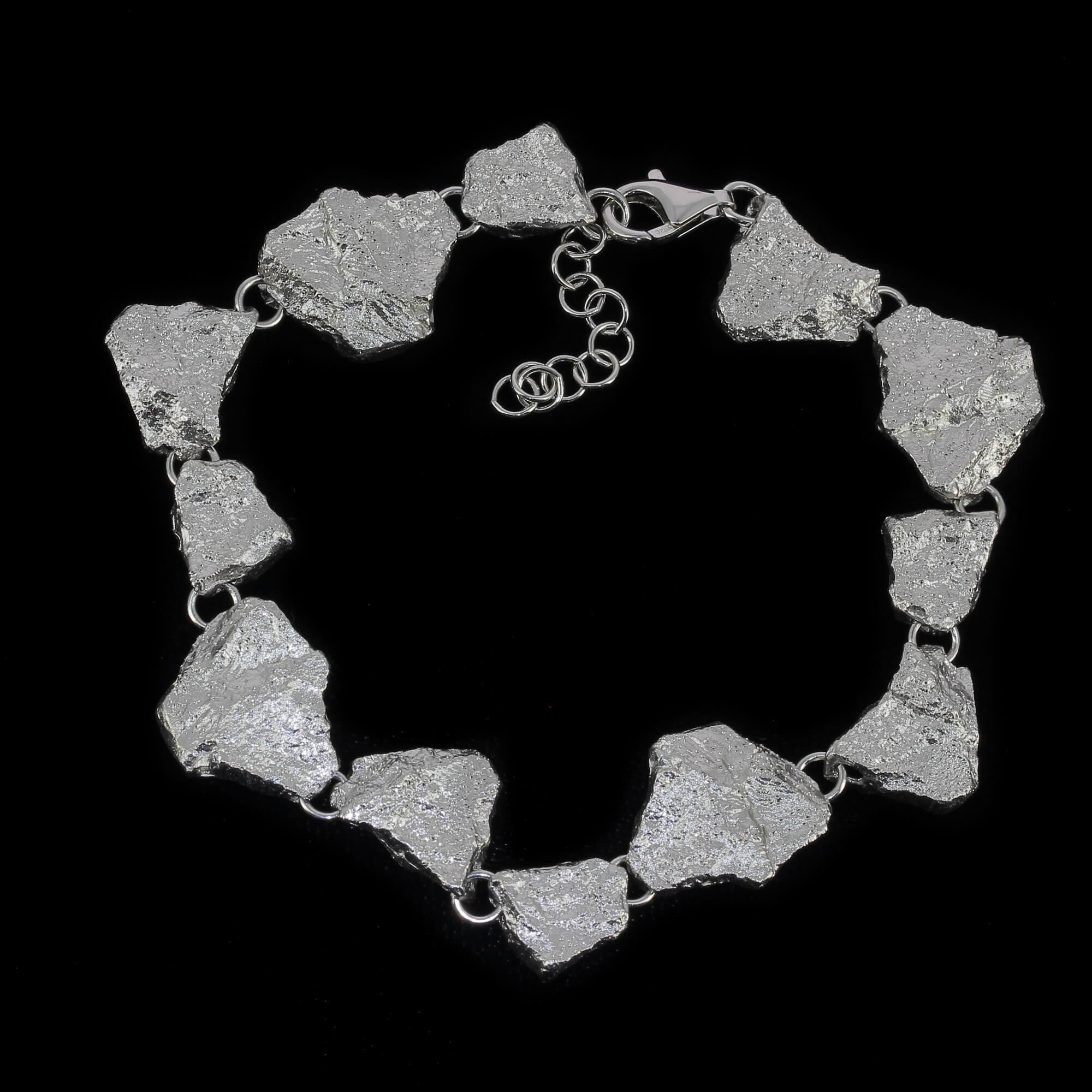 Steenvormige zilveren armband