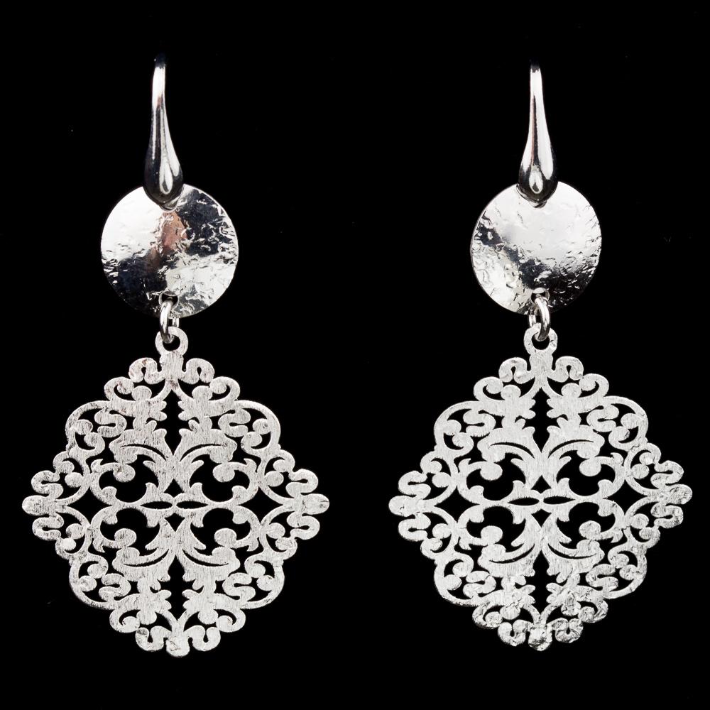 Zilveren kort afhangende oorbellen