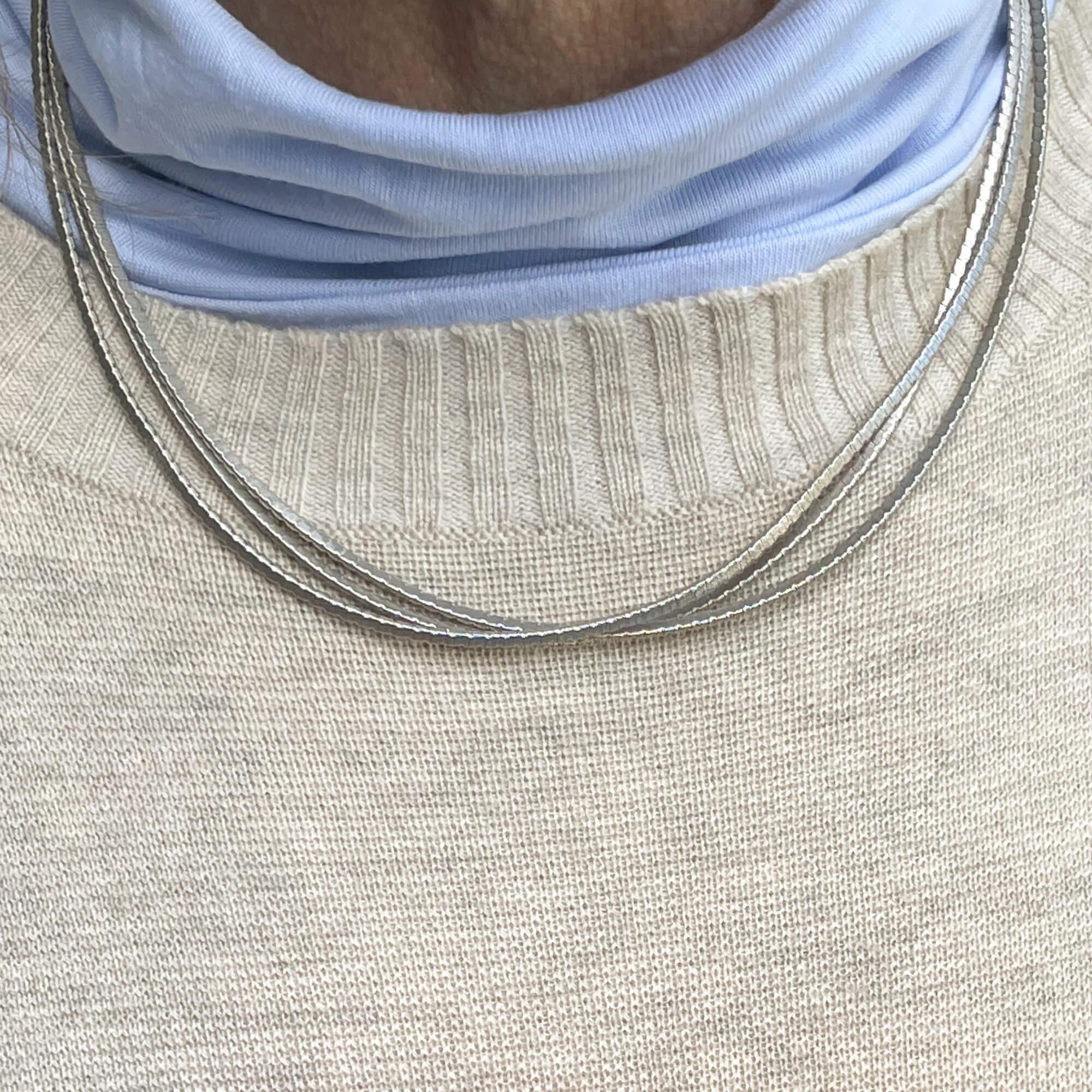Zilveren meerdradige ketting