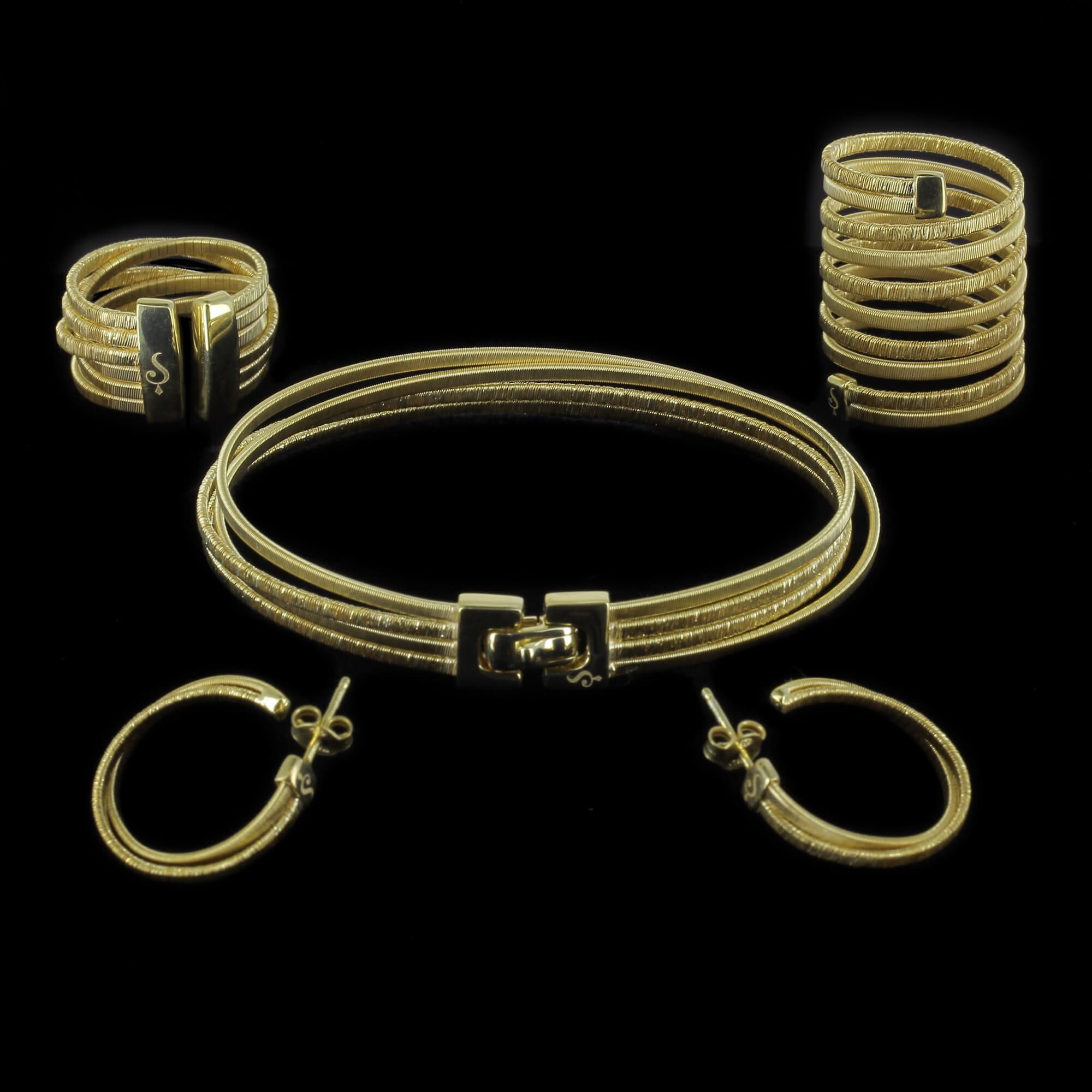 Verfijnde en vergulde 4 rijige armband